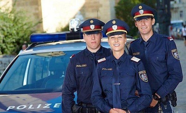 Bavorští policisté budou modří?