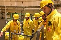 Volejbalisté se během prohlídky podívali až do reaktoru odstaveného druhého temelínského bloku.