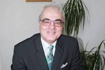 Lubomír Pána vede Vysokou školu evropských a regionálních studií v Českých Budějovicích. Nyní ho zlákal návrh stát se rektorem Jihočeské univerzity.
