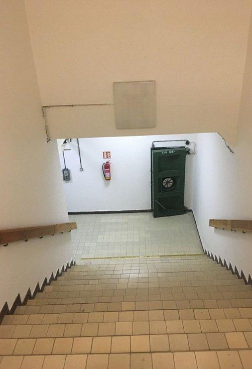 Funkčním krytem civilní obrany disponuje i Základní škola Máj II v Českých Budějovicích.