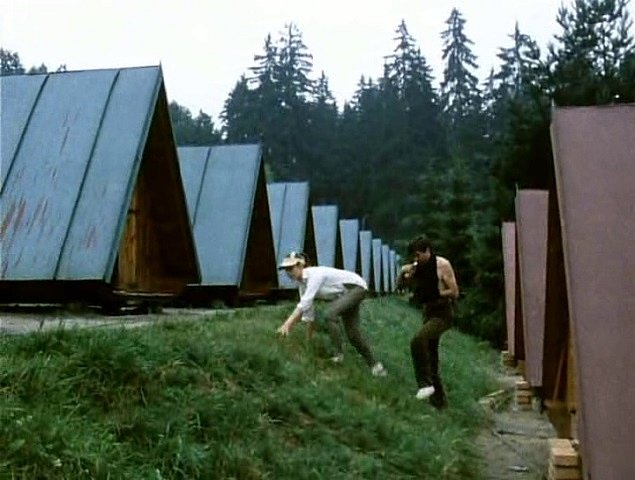 V jižních Čechách se natáčel film Svatební cesta do Jiljí. Scéna z učebního a výcvikového střediska v Poněšicích.