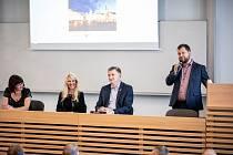 Velký kongres zdravotnického personálu Budějovice kazuistické dal opět prostor mladým odborníkům.
