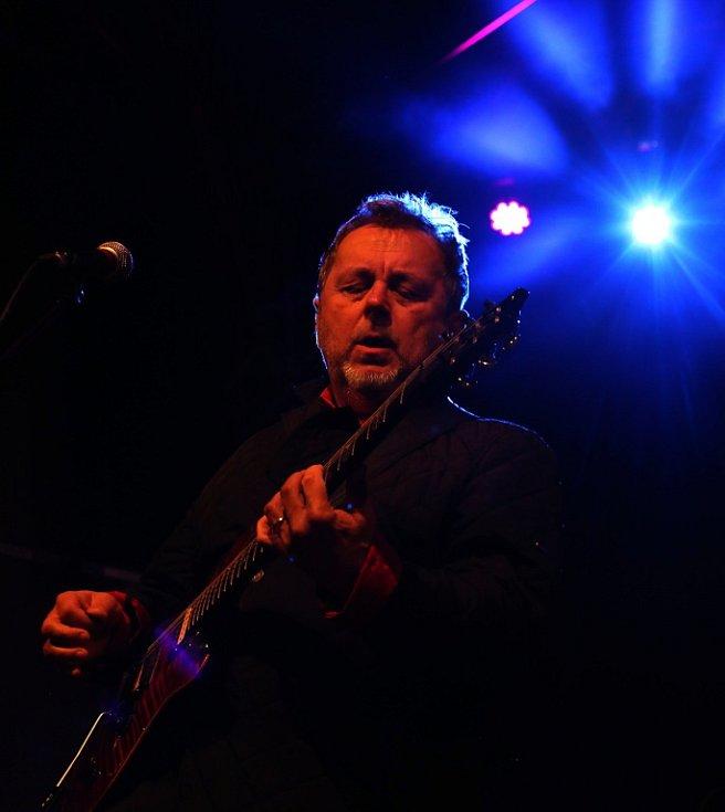 Na Svatováclavských slavnostech v Českém Krumlově hrála 26. září rocková Supergroup.