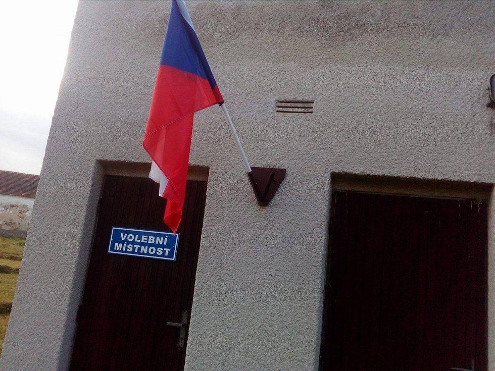 Parlamentní volby v Krakovčících u Týna nad Vltavou.