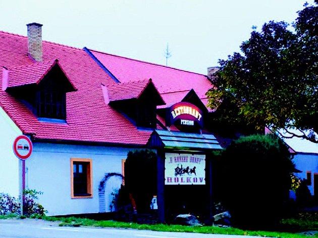 """Pension & Restaurant ,,uKoňské Dráhy"""" Holkov"""