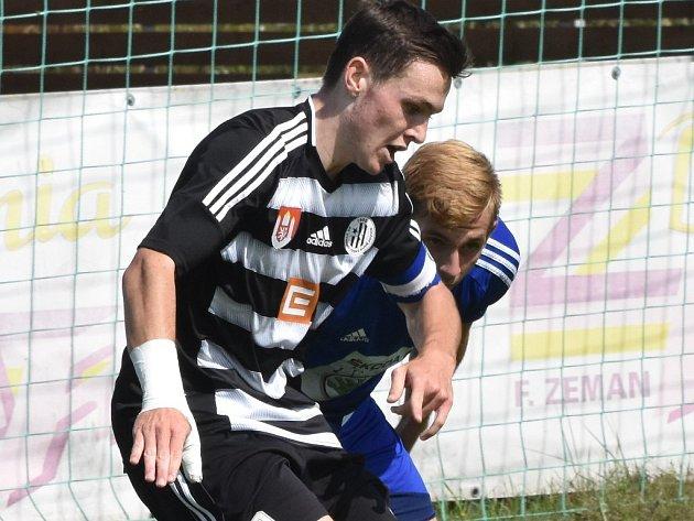 Jan Malecha v zápase s Mladou Boleslaví patil k oporám devatenáctky Dynama.