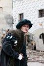 V Českém Krumlově se 2. listopadu natáčel německý historický film o reformátorovi Martinu Lutherovi. Dvoudílný film odvysílá příští rok německá stanice ZDF. Na snímku Fabian Hinrichs, hraje podřízeného saského kurfiřta Fridricha III.
