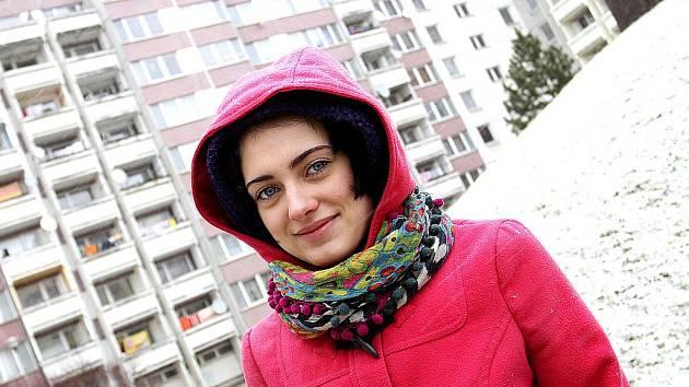 Kasha je přezdívka táborské herečky Kateřiny Jandáčkové, která má za sebou natáčení dvou zajímavých filmů: Poupat, která již beží v kinech, a dramatu Čtyři slunce, jež loni natočil známý režisér Bohdan Sláma.