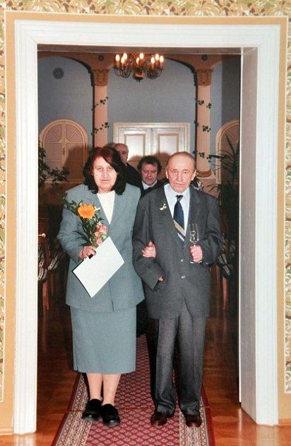 Marie sOldřichem Hrubým se brali loni vúnoru na Městském úřadě vTýně nad Vltavou.