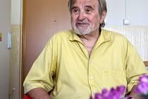 V úterý 25. 4. zemřel sólista Jihočeského divadla Miroslav Smyčka. Dožil se 90 let.