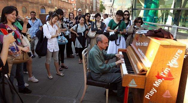 Klavír na ulici, atrakce ivMnichově.