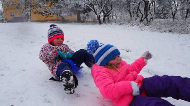 Děti z Mateřské školy Velechvín.