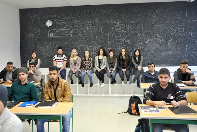 Mladí Syřané vrakouské škole.
