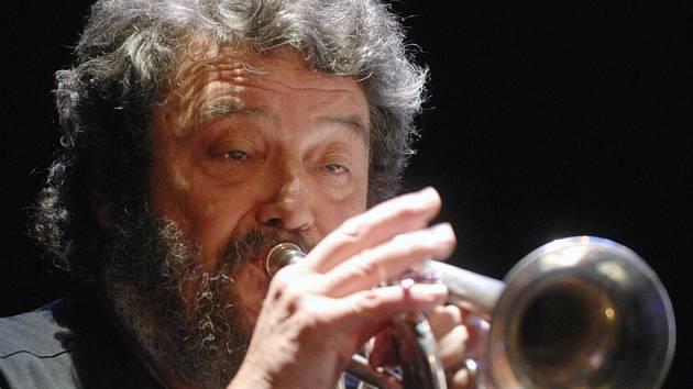 Jan Spálený (na snímku) s ASPM bude jednou z hvězd festivalu Praha ve Dveřích, který začne 5. dubna v českobudějovickém klubu Modrý dveře.