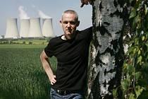 Jihočeský spisovatel Jiří Hájíček zachytil ve svém novém románu Rybí krev drama zaniklé krajiny a jejích obyvatel.