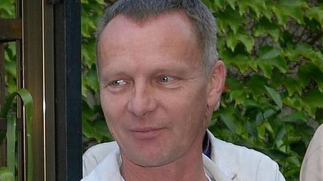 Malíř Jiří Pták zemřel nečekaně a tragicky 16. ledna 2016, bylo mu 52 let.