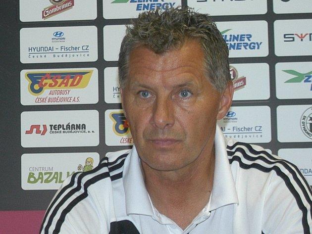 Trenér Dynama Luboš Urban se na ligovou premiéru s Libercem těší.