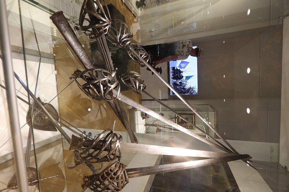 Výstava Kouzlo sběratelství v Jihočeském muzeu.