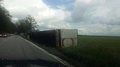 U Čejkovic vyvázl řidič se zdravou kůží.
