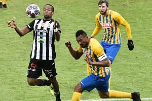 Debut v dresu Dynama si v zápase s Opavou odbyl Dame Diop.