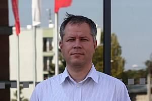 V úterý 12. února bude přednášet Tomáš Machula, rektor Jihočeské univerzity na téma Hledání v dnešní společnosti.