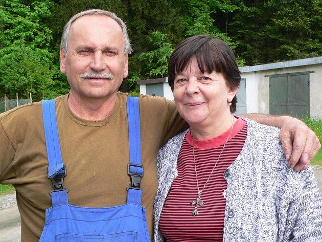 Vlasta Slípková se svým přítelem Emerichem  Morongem.