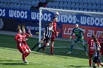Fotbalisté Dynama hráli v úterý doma s Olomoucí 2:2.