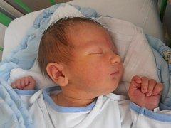 Pětiletá Natálka a tříletá Verunka už se doma v Dubném moc těší na brášku Vojtěcha Podzemského. Vojtíšek se narodil v pondělí 12. září 2011 v 18 hodin a 50 minut. Po porodu vážil 3,84 kilogramu.