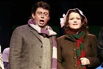 Operu Giacoma Pucciniho La Bohème uvede v pátek večer Jihočeské divadlo. Jde o inscenaci přenesenou z Plzně, kde měla 25 úspěšných repríz. Lístky na premiéru stojí 240 a 230 korun.