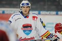 Vladimír Sičák si vybudoval pevnou pozici v defenzivě HC Mountfield a trenéři na něj budou hodně spoléhat i v dnešním duelu s Vítkovicemi.