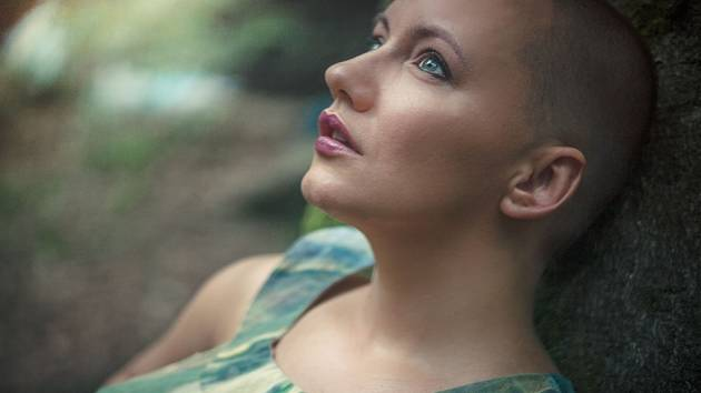 On-line: ptejte se Milli Janatkové, zpěvačky, skladatelky a výtvarnice