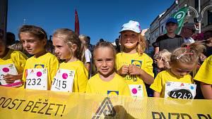 OBRAZEM: Malí i velcí běžci startovali v sobotu na budějovickém náměstí