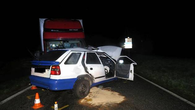 Při středeční nehodě u Sv. Jana nad Malší zemřel 18letý řidič.