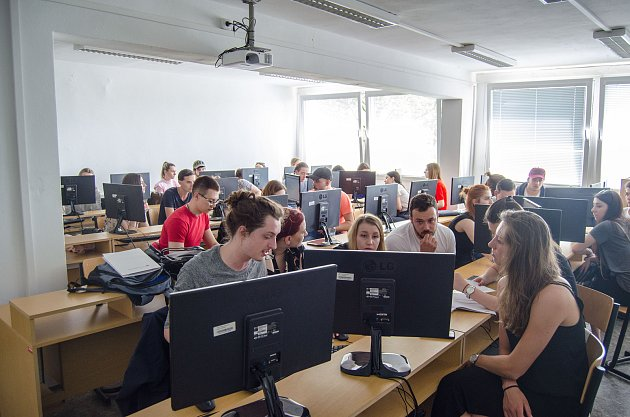Výuka na Vysoké škole technické a ekonomické v Českých Budějovicích.
