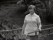 Do role Jitky Pažoutové si režisér vybral Markétu Světlíkovou. Ta prošla ve filmu vizuální proměnou, když si navzdory rodičům zkrátila vlasy. Herečka se pak objevila v dalších filmech, spíše v menších rolích. Později se věnovala hlavně divadelním projektů