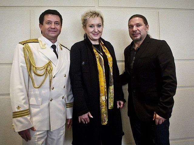 Alexandrovci vystoupí s Evou Urbanovou a Petrem Kolářem.