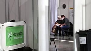 Očkování seniorů v centru OČKO na výstavišti