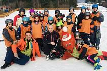Ve čtvrtek 16.1. absolvovaly děti z Dětského domova Zvíkovské Podhradí jednodenní lyžařský kurz na Lipně.