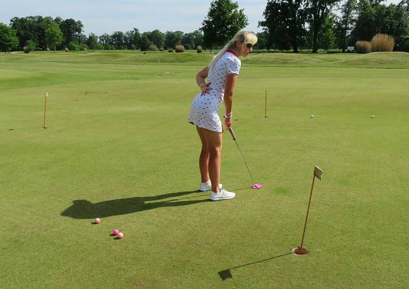 Zámecký Golf Resort Hluboká uspořádal v úterý 15. června oslavu v rámci celosvětového Dne žen na golfu.