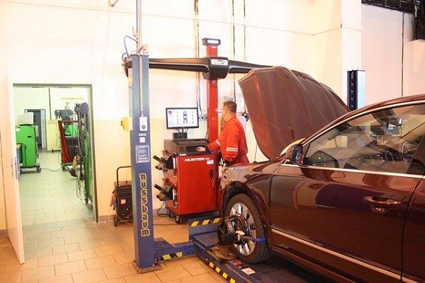 Nové přístroje vdílnách VOŠ a SPŠ automobilní