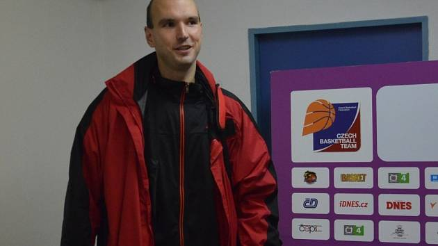 KAPITÁN. Stanislav Zuzák hrál v duelu s Kolínem proti bývalým spoluhráčům.