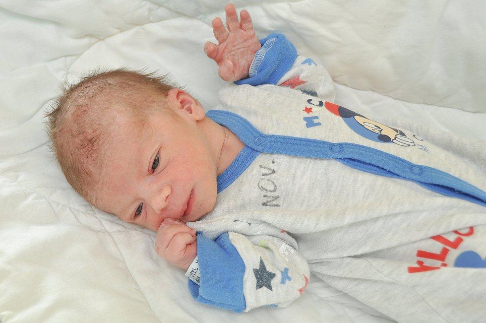 Karel Kozák z Dražejova. Prvorozený syn rodičů Nikoly a Martina se narodil 16. 7. 2021 v 5.35 hodin. Při narození vážil 2740 g.