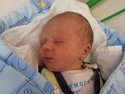 Prvního potomka jménem Richard Suchan přivítali na svět šťastní manželé Tereza a Miroslav Suchanovi. Malý Ríša se narodil v úterý 6.3.2012 ve 23 hodin a 26 minut. Po porodu vážil 3,15 kg. Vyrůstat bude v obci Roudná na Táborsku.