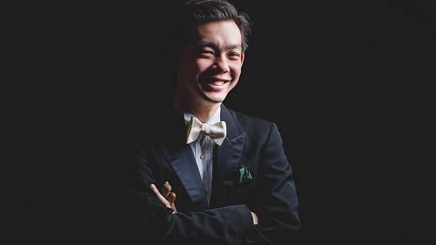 Chuhei Iwasaki vystoupí ve čtvrtek 14. března s Jihočeskou filharmonií a Sketami v 19 h v DK Metropol.