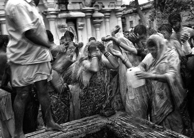 Dvě ceny Czech Press Photo získala blatenská fotografka Kamila Berndorffová za snímky zIndie, kam jezdí již 16let.