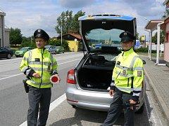 U státní hranice v Dolním Dvořišti bylo možné spatřit policejní hlídku i v tomto týdnu. Muži zákona zde podle svých slov zajišťovali klasickou silniční kontrolu. Přímo na hranici žádný policista toho dne nebyl.