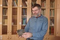Archeolog Ondřej Chvojka  s kolegy připravili výstavu o nálezech z trasy dálnice D3.