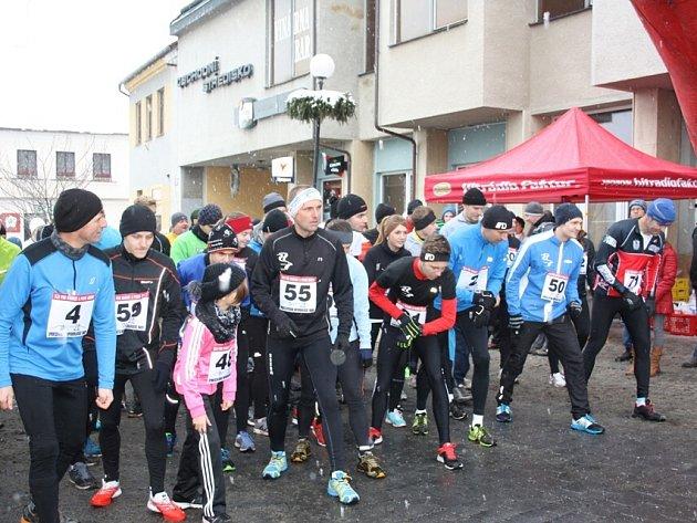 Silvestrovský běh v Trhových Svinech přilákal necelou stovku závodníků