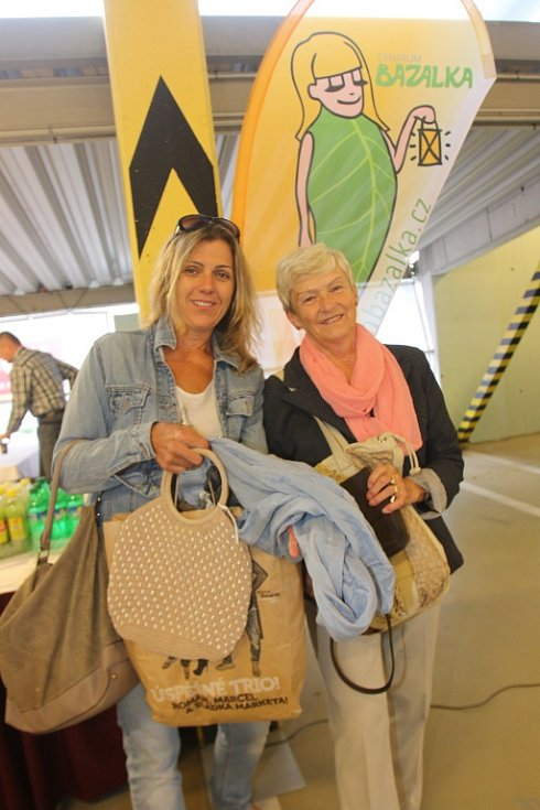 Na Kabelkový veletrh Deníku přišly Martina Koudelková s maminkou Boženou Kačírkovou.