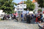 Městské slavnosti v Týně nad Vltavou zahájily program v sobotu 20. července vystoupením Budvarky. Akce nabídla bohatý program včetně koncertů různých kapel nebo pohádkového představení na týnském otáčku.